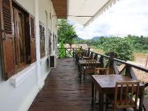 Namkhan Riverside Hotel: balcony/terrace