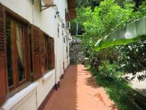 Namkhan Riverside Hotel: garden
