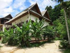 Namkhan Riverside Hotel Laos