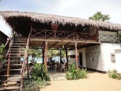 Tuna Beach Hotel | Sri Lanka Budget Hotels