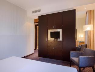 NH Siena Siena - Guest Room