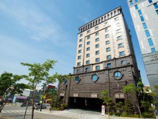 /fr-fr/dongtan-hotel-windsor/hotel/hwaseong-si-kr.html?asq=jGXBHFvRg5Z51Emf%2fbXG4w%3d%3d