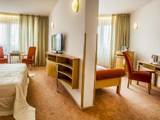 /ko-kr/hotel-set/hotel/bratislava-sk.html?asq=5VS4rPxIcpCoBEKGzfKvtE3U12NCtIguGg1udxEzJ7nKoSXSzqDre7DZrlmrznfMA1S2ZMphj6F1PaYRbYph8ZwRwxc6mmrXcYNM8lsQlbU%3d