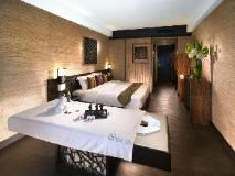 Regal Riverside Hotel: spa