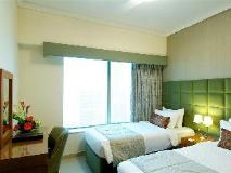 Chelsea Tower Suites & Apartments: interior