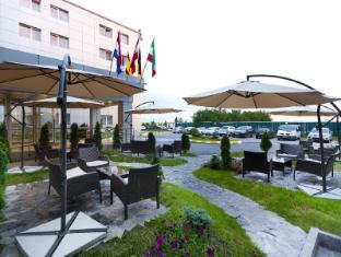 /ro-ro/rin-airport-hotel/hotel/bucharest-ro.html?asq=jGXBHFvRg5Z51Emf%2fbXG4w%3d%3d