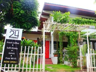 The Gallery 24, Art Cafe Guesthouse Chiang Mai