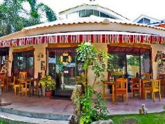 Philippines Hotels | Gabbys Bed and Breakfast