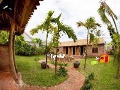 Tropical  Garden House Vietnam