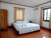 Phaphonxay Guesthouse: guest room