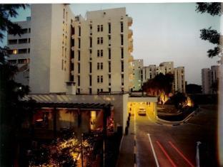 Edenpark New Delhi (Qutab Hotel)