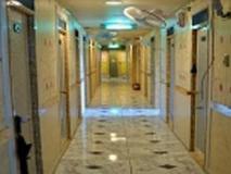 I Biz Hostel: interior