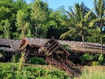 Mekong Cruises - The Luang Say Cruise - Houeisay to Luang Prabang: exterior