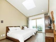 Sean Hotel: guest room
