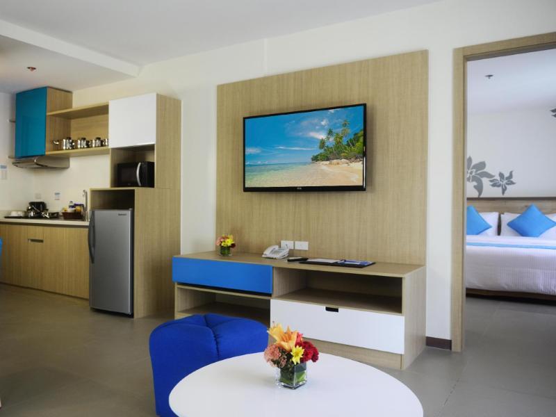 アザレア ホテルズ アンド レジデンシズ ボラカイ (Azalea Hotels & Residences Boracay)