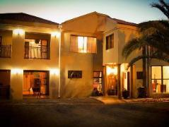 African Sands Guesthouse | Cheap Hotels in Bloemfontein South Africa