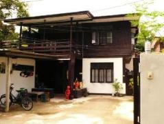 Wood N Nail Homestay | Thailand Cheap Hotels