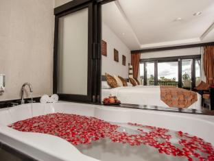 Horizon Karon Beach Resort & Spa Phuket - Varmt bad