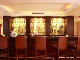 Ayara Hilltops Boutique Resort & Spa Phuket - bar/salon