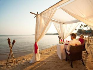 Rocky's Boutique Resort Samui - Romantic Dinner