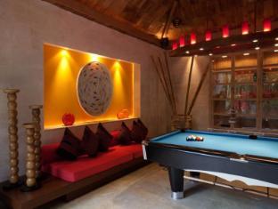 Rocky's Boutique Resort Samui - Game Room