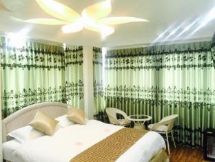 /th-th/crystal-palace-hotel/hotel/yangon-mm.html?asq=m%2fbyhfkMbKpCH%2fFCE136qZ4f4ehDqxm6SvkIGcnZY7oIrWKRI8w84ilnQgR8GnXI