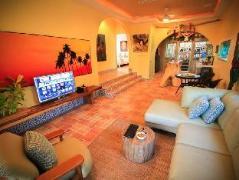Villa Banana Chaweng | Thailand Cheap Hotels