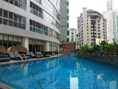 Versailles Stay at One Central Serviced Apartments Philippines