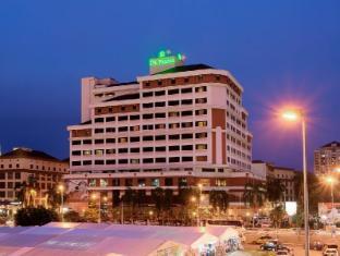 โรงแรมเดอ พาลม่า อัมปัง