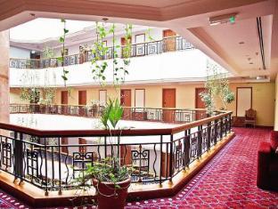 레전트 팰리스 호텔 두바이 - 호텔 인테리어