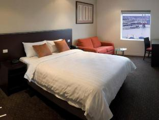 Best Western Atlantis Hotel Melbourne - Guest Room
