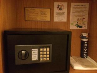 Febri's Hotel & Spa Bali - Personal Safe