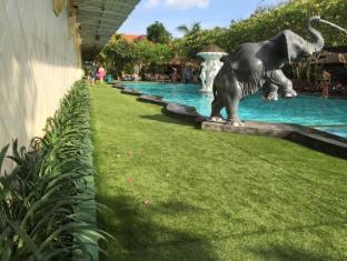 Febri's Hotel & Spa Bali - Swimming Pool