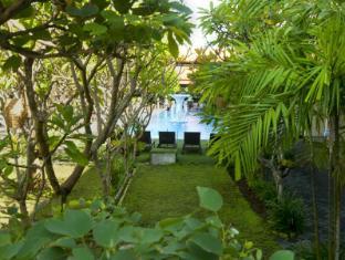 Febri's Hotel & Spa Bali - Garden