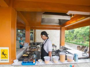 Febri's Hotel & Spa Bali - Egg & Waffle Station