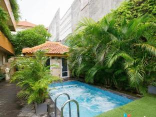 Febri's Hotel & Spa Bali - Outdoor Jacuzzi