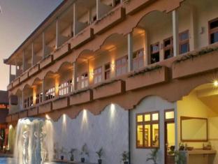 Febri's Hotel & Spa Bali - Exterior