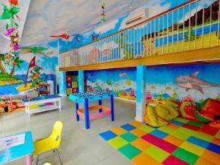 HARRIS Resort Kuta Beach Bali - Kid's club