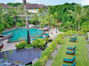 HARRIS Resort Kuta Beach Bali - Surroundings