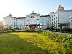 The Royal Pinnacle Hotel | Hotel in Zhuhai