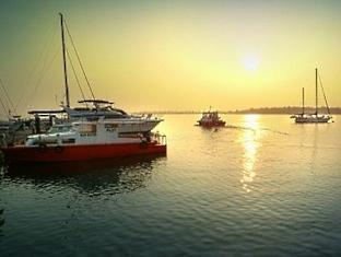 Blue Bay Resort Pangkor - The Sea