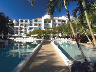 Oaks Calypso Plaza Hotel Gold Coast - Entrada