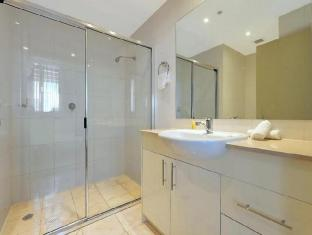 APX Darling Harbour Sydney - Bathroom