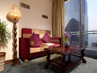 Lan Kwai Fong Hotel @ Kau U Fong Хонконг - Голяма стая