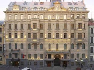 /petro-palace-hotel/hotel/saint-petersburg-ru.html?asq=GzqUV4wLlkPaKVYTY1gfioBsBV8HF1ua40ZAYPUqHSahVDg1xN4Pdq5am4v%2fkwxg