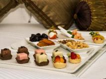 Mafraq Hotel: food and beverages