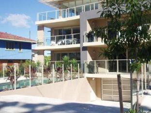 Watermark Apartments