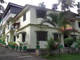 /bethania-resort/hotel/athirapally-in.html?asq=jGXBHFvRg5Z51Emf%2fbXG4w%3d%3d