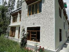 Hotel in India | Zal Guest House