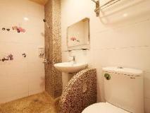 Pandora Bed and Breakfast: bathroom